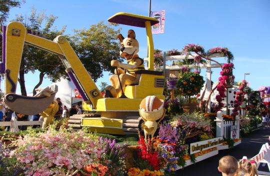 Dig Alert Rose Parade float image